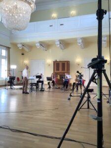 Das Ensemble Junge Musik Sachsen-Anhalt spielt im Gesellschaftshaus Magdeburg (Foto: Joachim Blobel)